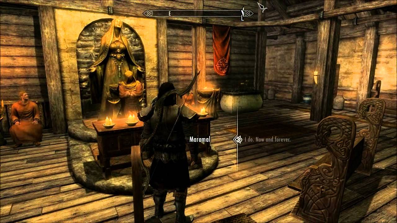 Skyrim how to get lydia to wear what you want
