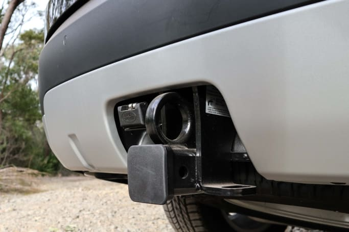 Discovery 4 detachable towbar instructions
